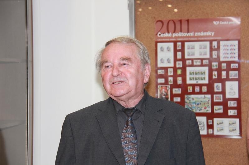 Mgr. Jaroslav Maleček na 60. výstavce odboru známkové tvorby České pošty dne 27.5.2015